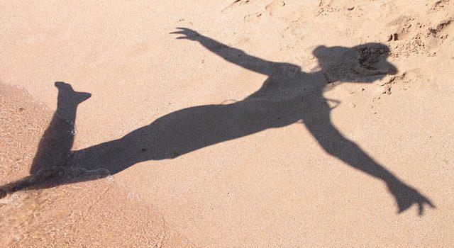 Der/Die mit dem Schatten tanzt